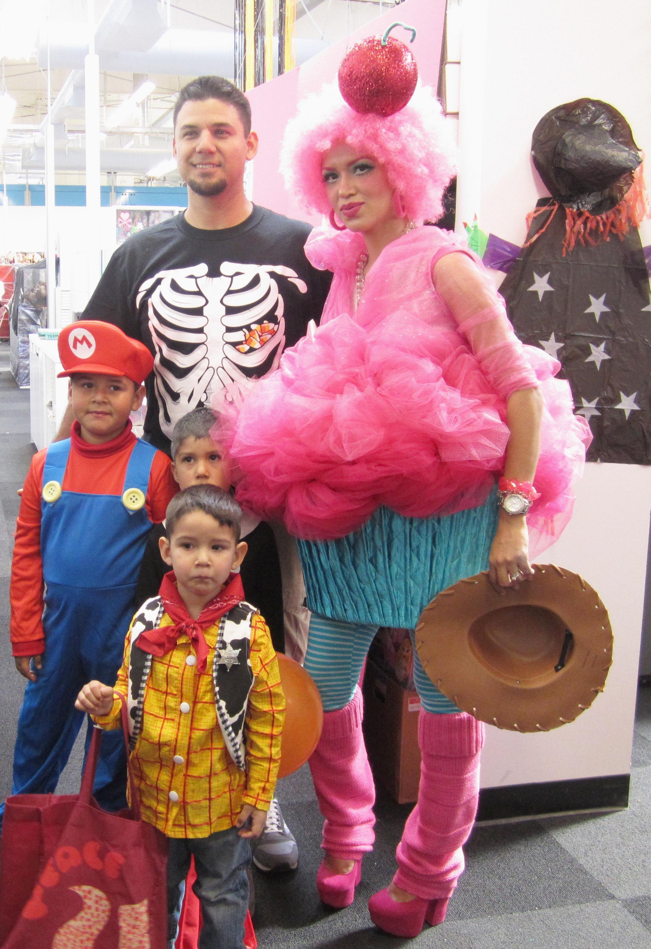 Cupcake Costume _family