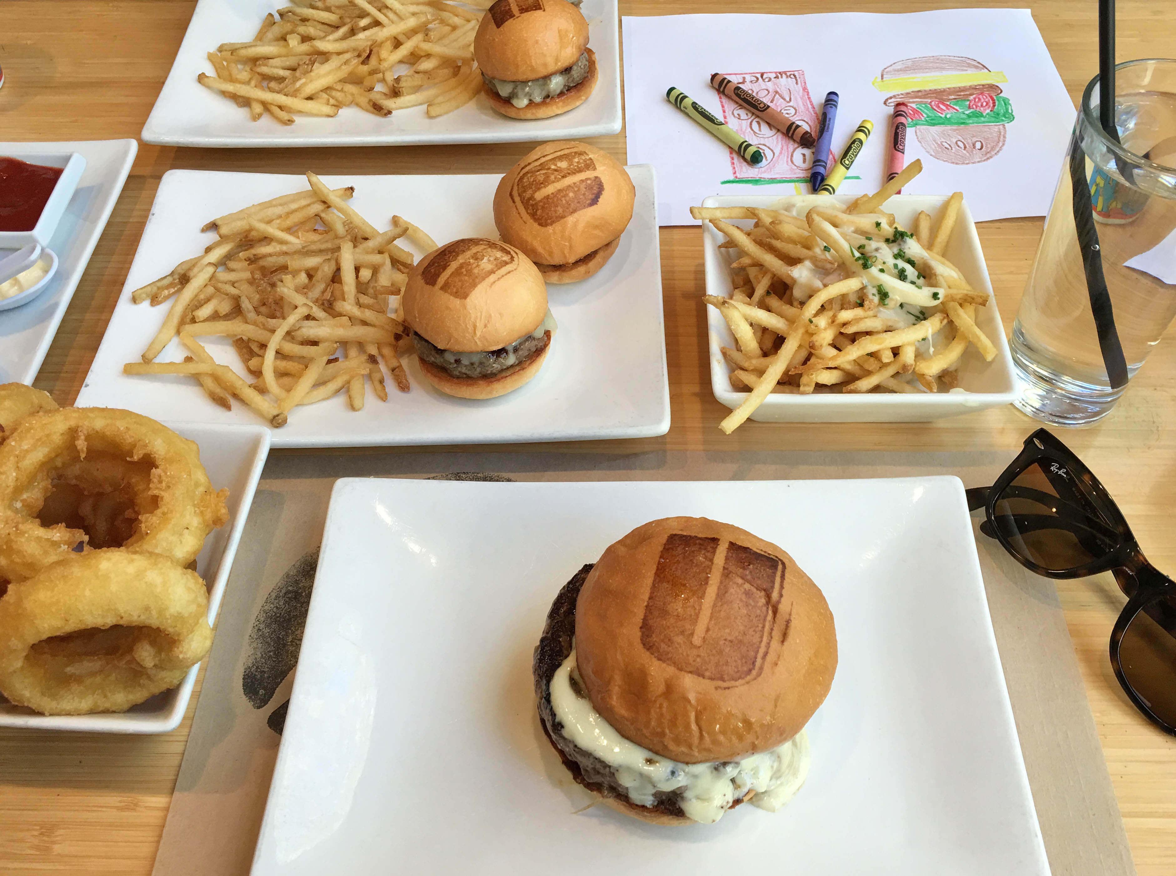 Sunday_burgers