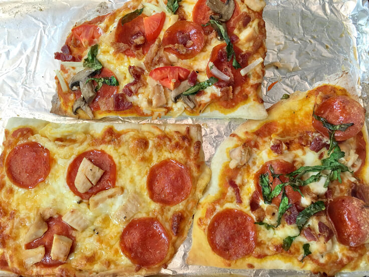 Pizza_out-of-the-oven