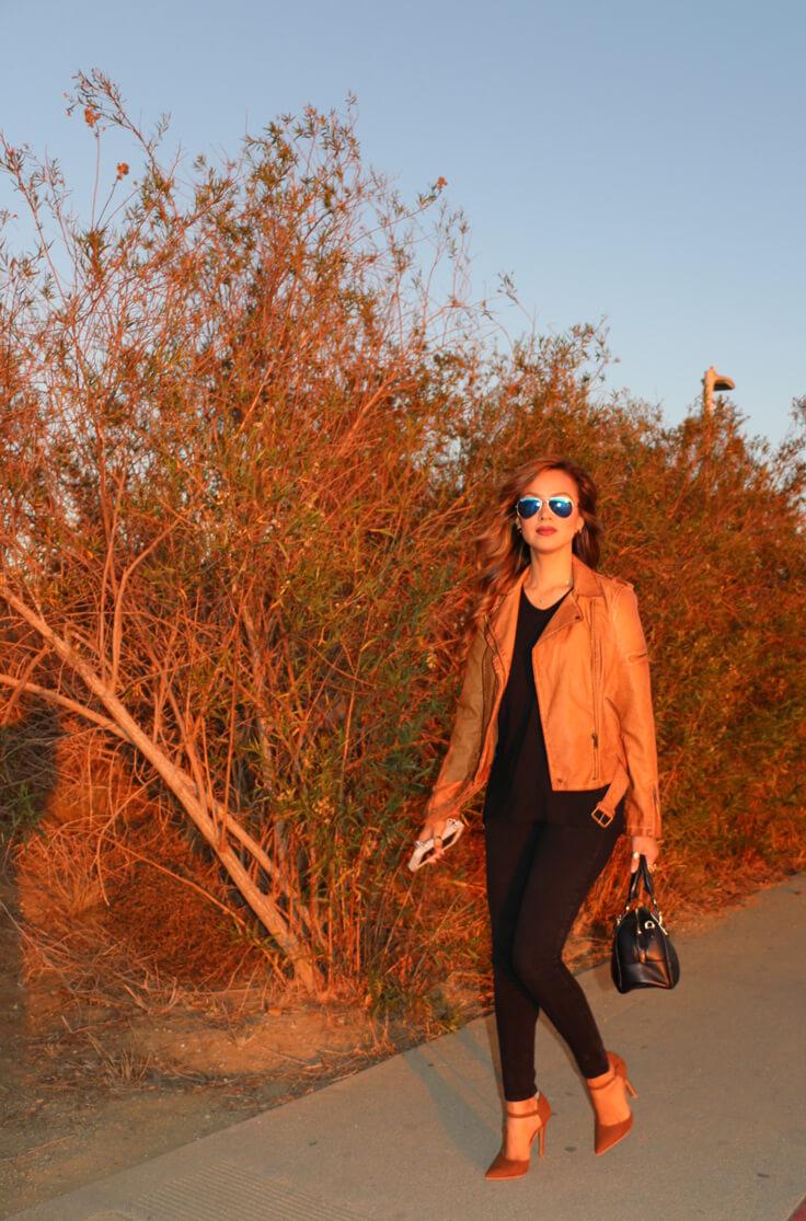 chasing-sunset_walking