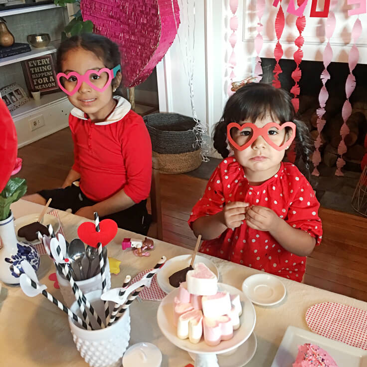 SweetHeart-Tea-party_cousins-tea2_736