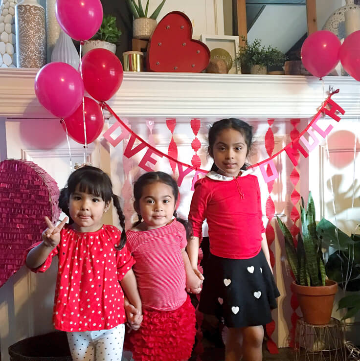 SweetHeart-Tea-party_cousins_736