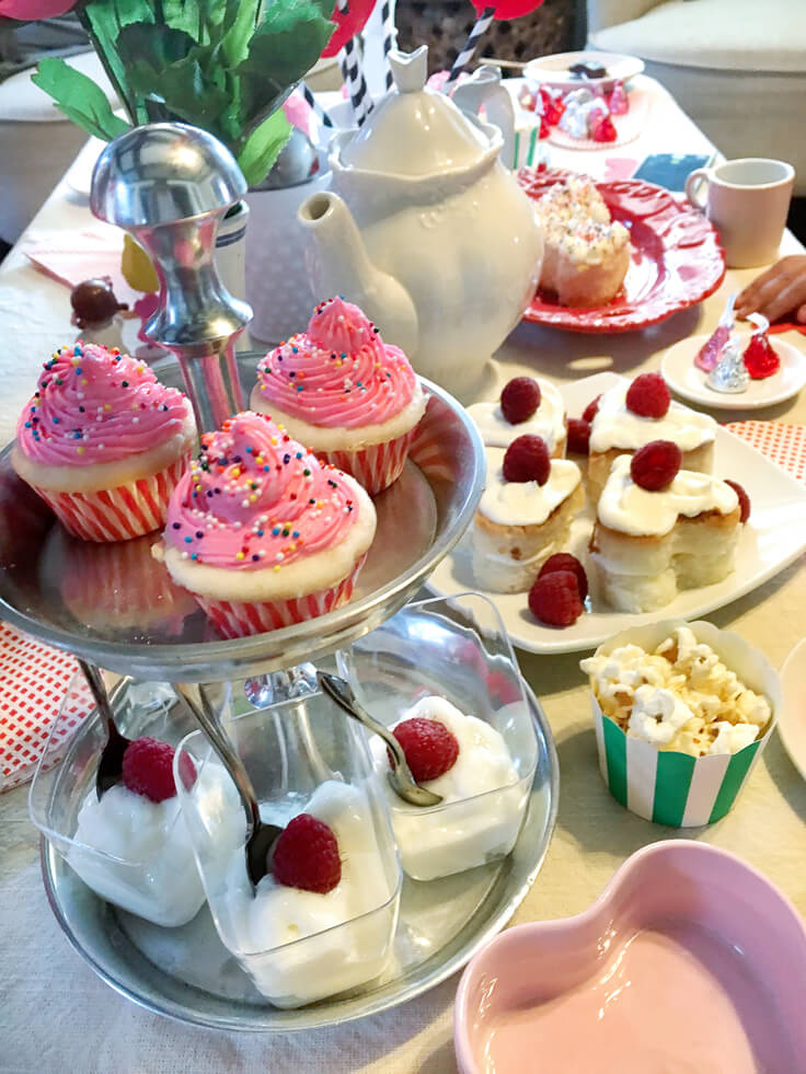 SweetHeart-Tea-party_yummy-tea-treats_736