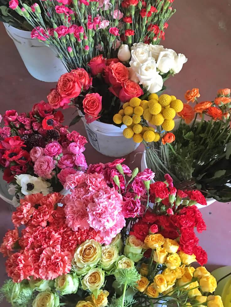 selibeli_bucket-of-flowers_736